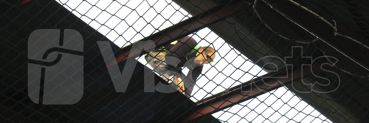 Sicherheitsnetze-für-zerbrechliche-Dächer